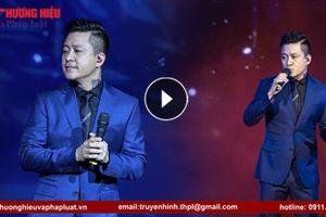 Tuấn Hưng biểu diễn 2 ca khúc hay nhất của mình tại Diễn đàn Thương hiệu Việt Nam lần thứ I