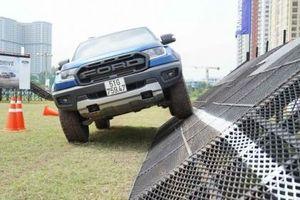 Ford Việt Nam khởi động chuỗi sự kiện 'Ford SUV Drive' với những màn off- road ấn tượng