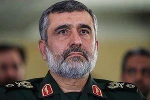 Iran dọa 'đánh vào đầu người Mỹ'