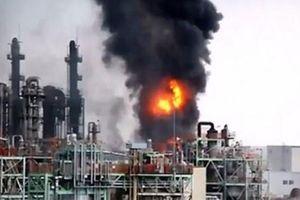 Kinh hoàng nổ nhà máy ở Hàn Quốc, nhiều người thương vong