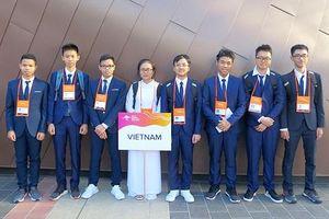 Cả 8 thí sinh đội tuyển Việt Nam dự Olympic Vật lí châu Á đều đoạt giải