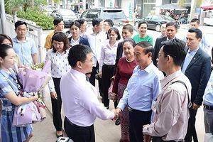Tổng thống Myanmar và Đoàn công tác dự Đại lễ Vesak 2019 thăm vịnh Hạ Long