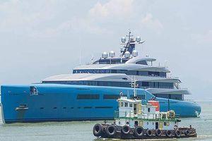 Bất ngờ siêu du thuyền của tỉ phú Anh đến Đà Nẵng