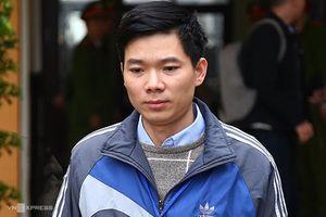 Sáng nay, bác sĩ Hoàng Công Lương hầu tòa phúc thẩm xử vụ chạy thận 9 người chết