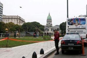 Nghị sĩ Argentina bị bắn chết ngay ngoài tòa nhà quốc hội