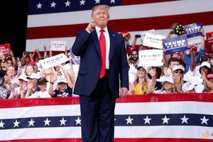 Cứng rắn với Trung Quốc, Trump 'đánh cược' trong cuộc đua Tổng thống 2020?