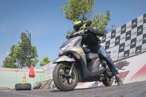 Khả năng tăng tốc của Yamaha FreeGo trên đường đua