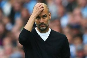 De Bruyne mắng Guardiola là 'HLV chết tiệt' sau khi vô địch