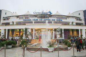 Công viên ở Hà Nội bị 'hô biến' thành nhà hàng, quán cà phê