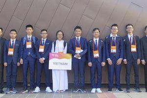 Nghị lực cậu học trò đoạt huy chương tại Olympic Vật lý châu Á