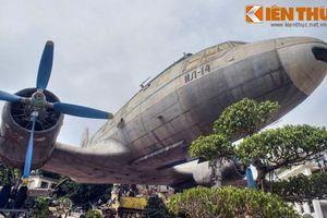 Lặng ngắm chiếc chuyên cơ chở Bác Hồ giữa Hà Nội