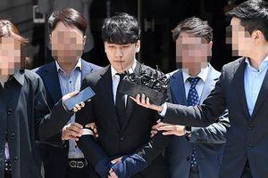 Ngoài mua dâm, Seungri vừa bị trói còn vướng loạt cáo buộc này