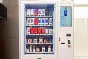 Xiaomi triển khai máy bán điện thoại và phụ kiện tự động như 'nước ngọt'