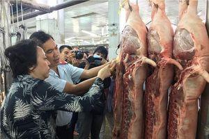 TP HCM lập thêm chốt kiểm dịch lợn nhập từ Đồng Nai