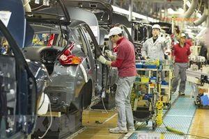'Mây đen' phủ bóng ngành chế tạo ôtô Nhật do kinh tế toàn cầu bất ổn