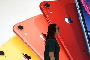 Apple và giá iPhone mắc kẹt trong cuộc chiến thương mại Mỹ-Trung
