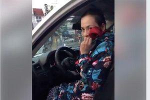 Một phụ nữ bịt mặt xông vào siết cổ chủ nợ dọa giết đòi xóa khoản vay 500 triệu đồng