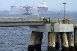UAE: Hoạt động tại hải cảng Fujairah trở lại bình thường