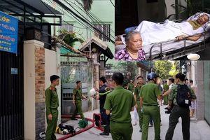 Người dân lao vào lửa cứu cụ ông 80 tuổi bị liệt mắc kẹt trong ngôi nhà bốc cháy ở Đà Nẵng