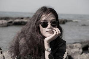 Cô gái Việt từ bỏ công việc ổn định để trải nghiệm miền đất thiêng
