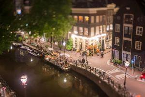 Amsterdam như thành phố đồ chơi dưới ống kính tilt-shift