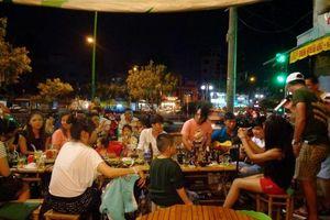 'Bợm nhậu' Sài Gòn vẫn uống thả ga, không sợ đo nồng độ cồn