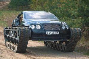 Siêu xe Bentley biến thành xe tăng, vượt mọi địa hình