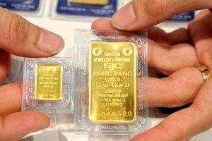 Giá vàng hôm nay: Điều chỉnh nhẹ ở cả hai thị trường