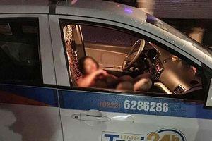 Điều tra đối tượng cứa cổ nữ lái xe taxi tại Hà Nội