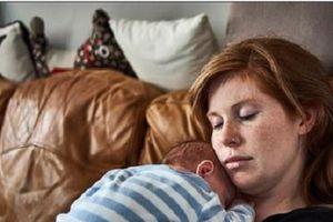 40% phụ nữ sau sinh bị trầm cảm trong 3 tháng đầu sau sinh, làm gì để tránh?