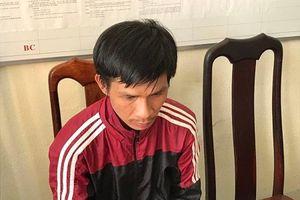 Đắk Nông: Bị truy nã vẫn cầm dao đi chém người quen để cướp tài sản