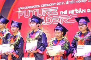 Trải nghiệm công nghệ 4.0 tại lễ tốt nghiệp Apax 2019