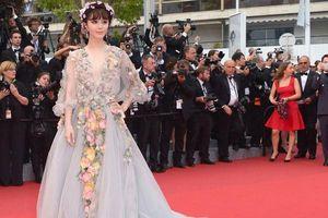 Phạm Băng Băng 'hàng thật' không xuất hiện tại Cannes, bản sao đã chuẩn bị đồ ngay lập tức tới Pháp