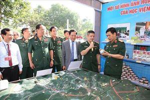 Tuyên dương 247 công trình sáng tạo trẻ trong Quân đội