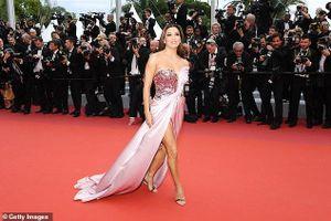 Thảm đỏ LHP Cannes 2019: Dàn mỹ nhân Âu, Á diện váy áo đọ độ gợi cảm