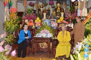 Chủ tịch Quốc hội thăm và chúc mừng Hòa thượng Thích Phổ Tuệ