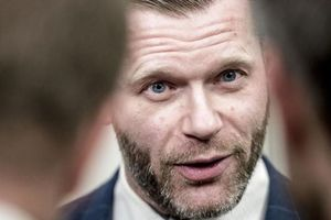 Nghị sỹ Đan Mạch vận động tranh cử trên trang phim khiêu dâm