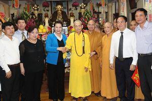 Chủ tịch Quốc hội thăm, chúc mừng Pháp chủ Hội đồng Chứng minh Giáo hội Phật giáo Việt Nam