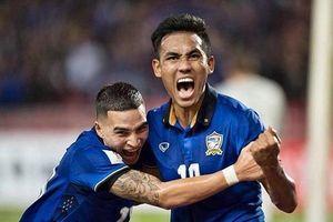 HLV Thái Lan nài nỉ Dangda đối đầu Việt Nam ở King's Cup