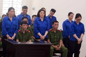 10 bị cáo lĩnh án tử trong vụ vận chuyển 3 tạ ma túy đá