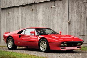 Vờ hỏi mua, lái thử rồi trộm luôn siêu xe Ferrari triệu đô