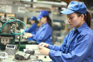 Người lao động được lựa chọn tuổi nghỉ hưu: Nên tách bạch theo từng lĩnh vực
