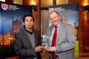 Giáo sư Việt đoạt giải 'Nghiên cứu sáng tạo của năm 2018' tại ĐH Anh
