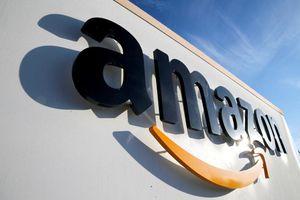 Berkshire Hathaway đầu tư hơn 900 triệu USD vào Amazon