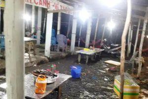 Khởi tố nhóm côn đồ đập phá quán ăn 'chặt chém' ở Bến Lức
