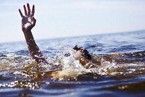 Nghệ An: Rủ nhau đi câu cá, 2 anh em tử vong vì đuối nước