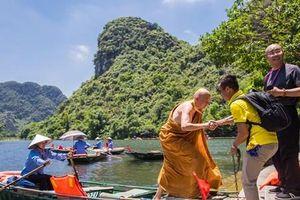 Hậu Vesak: Đại biểu quốc tế trầm trồ trước thắng cảnh Việt Nam