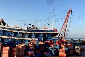 5 ngư dân Quảng Bình ngộ độc khí trong hầm cá, 1 người đã tử vong