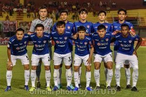 Phung phí cơ hội, đội bóng của Văn Lâm bị đội hạng 2 loại cay đắng