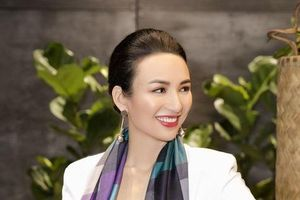 Hoa hậu Ngọc Diễm đã hết thời ăn mặc 'quê mùa và sến'?